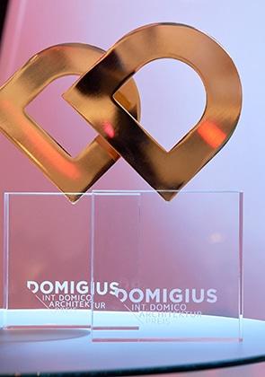 """Die ersten drei Plätze erhalten darüber hinaus den """"DOMIGIUS"""". Eine Skulptur die exklusiv für den internationalen DOMICO Architekturpreis entworfen wurde."""
